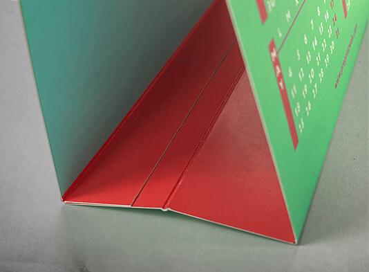 Imprimri calendarios de mesa sencillo encolado en peana - ProPrintweb