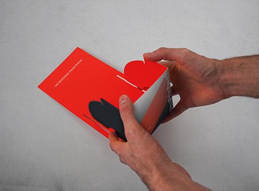 Expositor automontable de cartón para folletos - montado en tienda
