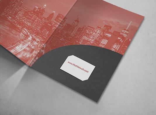 Carpeta A4 troquelada con bolsillo encolado y corte porta tarjetas - ProPrintweb
