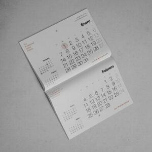descubre calendarios personalizados agujero