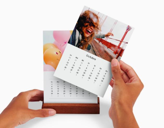 Imprimir calendario sencillo - sobremesa con pie de madera - 2022 ProPrintweb